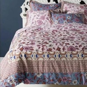 New Anthropologie Zola Queen Floral Duvet